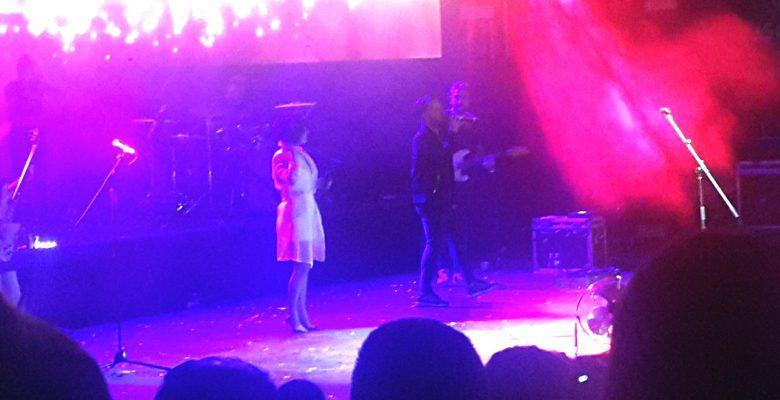 Sporcularımız, Emre Aydın ve Fatma Turgut konserinde eğlendiler