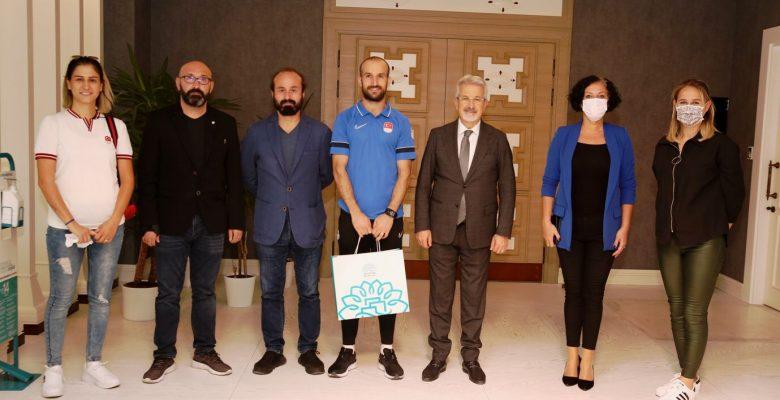 Nilüfer'in Olimpiyat Gururunu Başkan Turgay Erdem Ağırladı