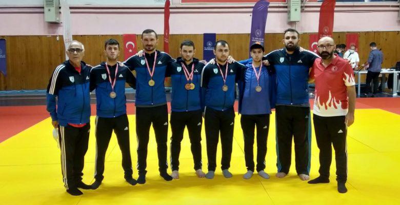 Judo'da Nilüfer Belediyesi Fırtınası